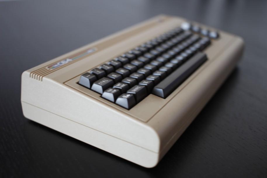 The C64 Mini: C64 Mini, el regreso del ordenador más vendido de la historia