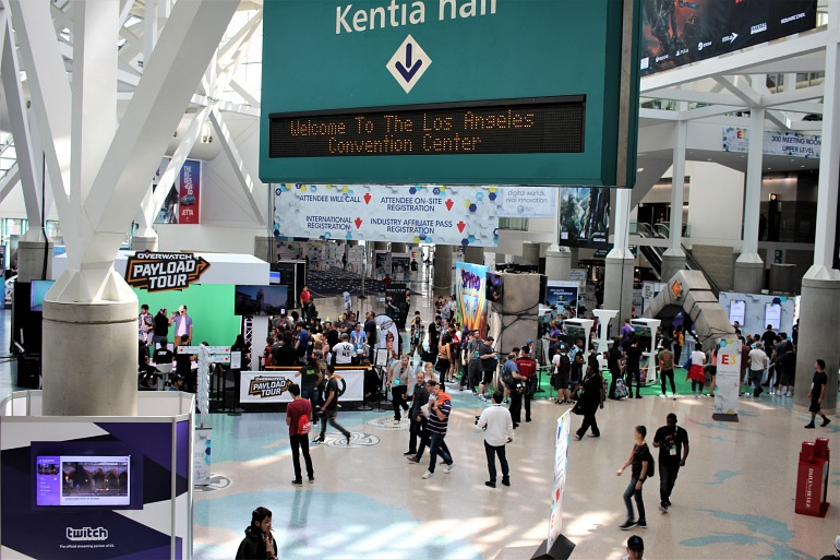 Uno de los accesos al Convention Center en el E3 2018.