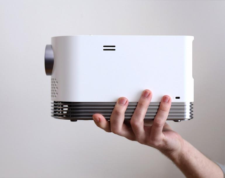 Juega a lo grande con el proyector HF80JG de LG