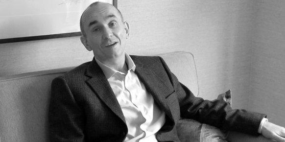 """Molyneux se deshace en elogios hacia el trabajo independiente: """"Puedes tomar riesgos"""""""