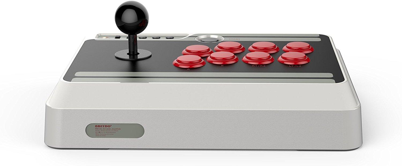 8Bitdo presenta su arcade stick inspirado en la consola NES